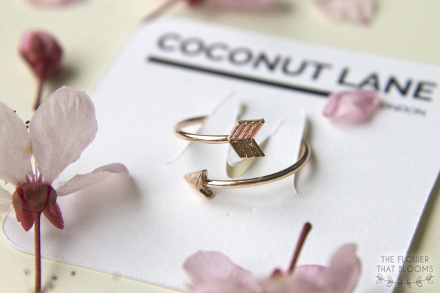Rose-gold-arrow-ring