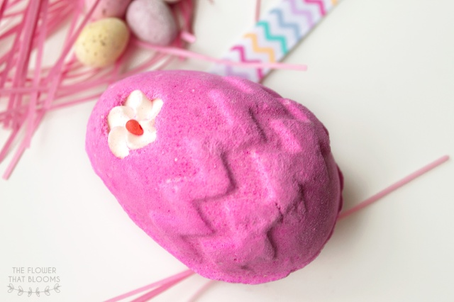 fluffy-egg-bath-bomb-2.jpg
