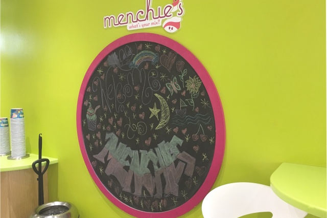 Menchies-5