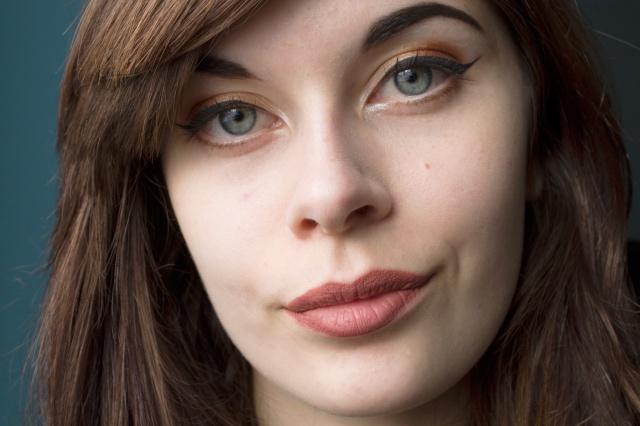 kat-von-d-liquid-lipstick-lolita-5