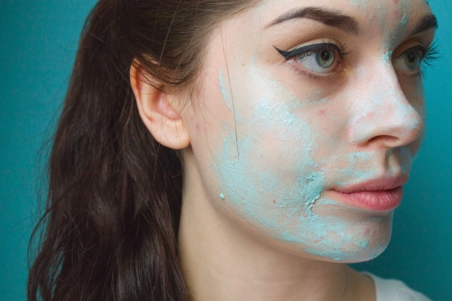 Lush-Birth-of-Venus-Jelly-Face-Mask-5