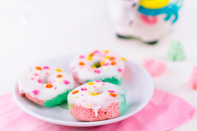 Mini-Unicorn-Donuts-3